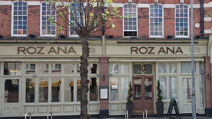 Roz Ana Kingston-Upon-Thames exterior