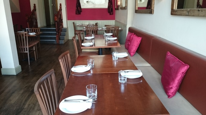 Roz Ana Kingston-Upon-Thames restaurant seating area
