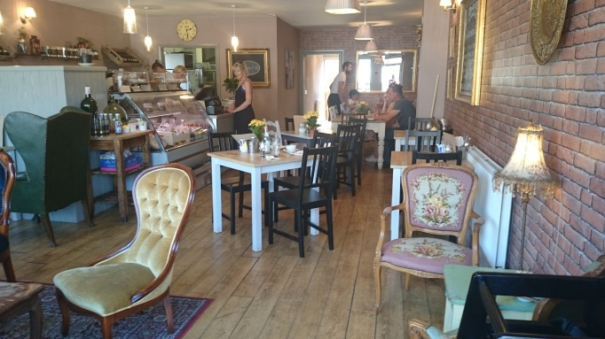 Nikki's Caffe Weybridge internal