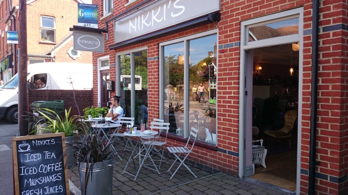 Nikki's Caffe Weybridge external