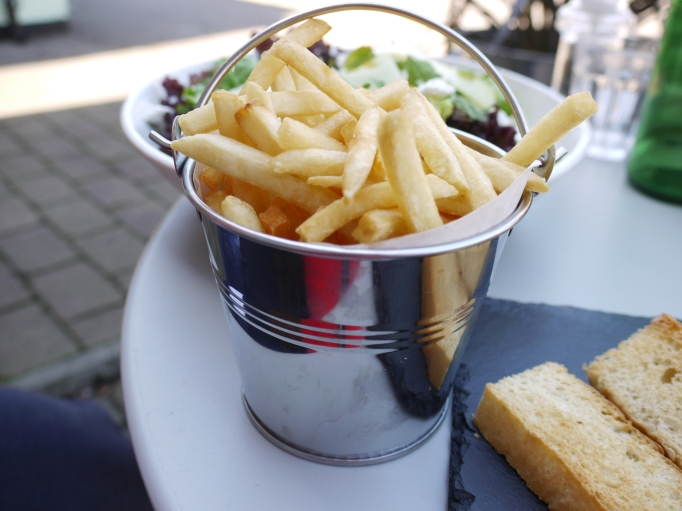 Nikki's Caffe Weybridge chips