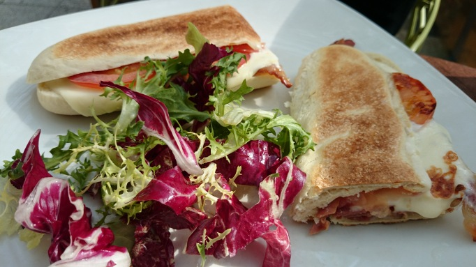 Moka Caffe bacon, brie tomato panini