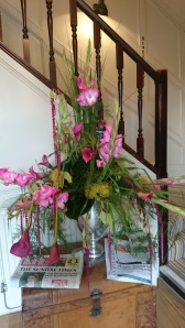 the Red Lion shepperton fresh flower display