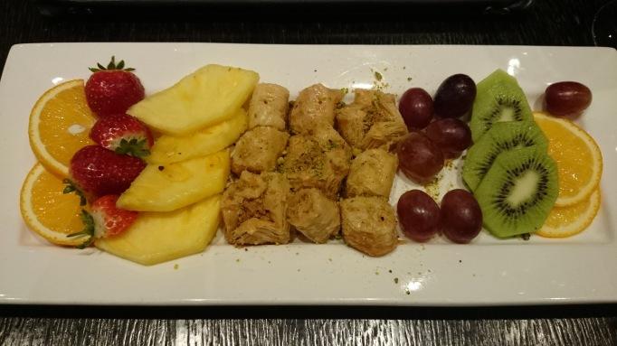 mezzet lebanese restaurant baklava