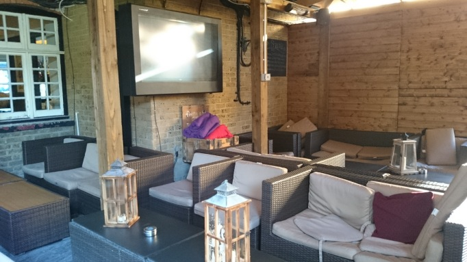 The Crown Chertsey outdoor seating area