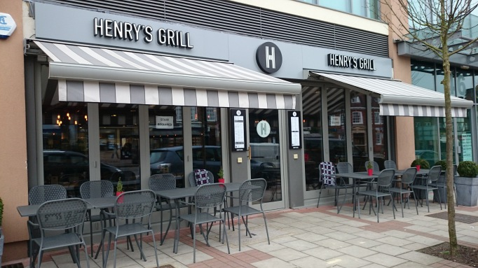Henry's Grill exterior