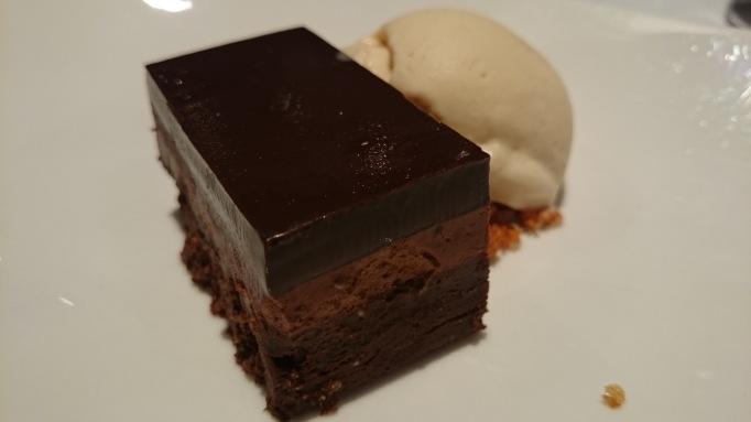 La Capanna chocolate cake