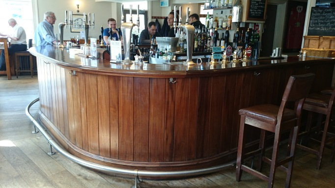 albert arm's esher bar