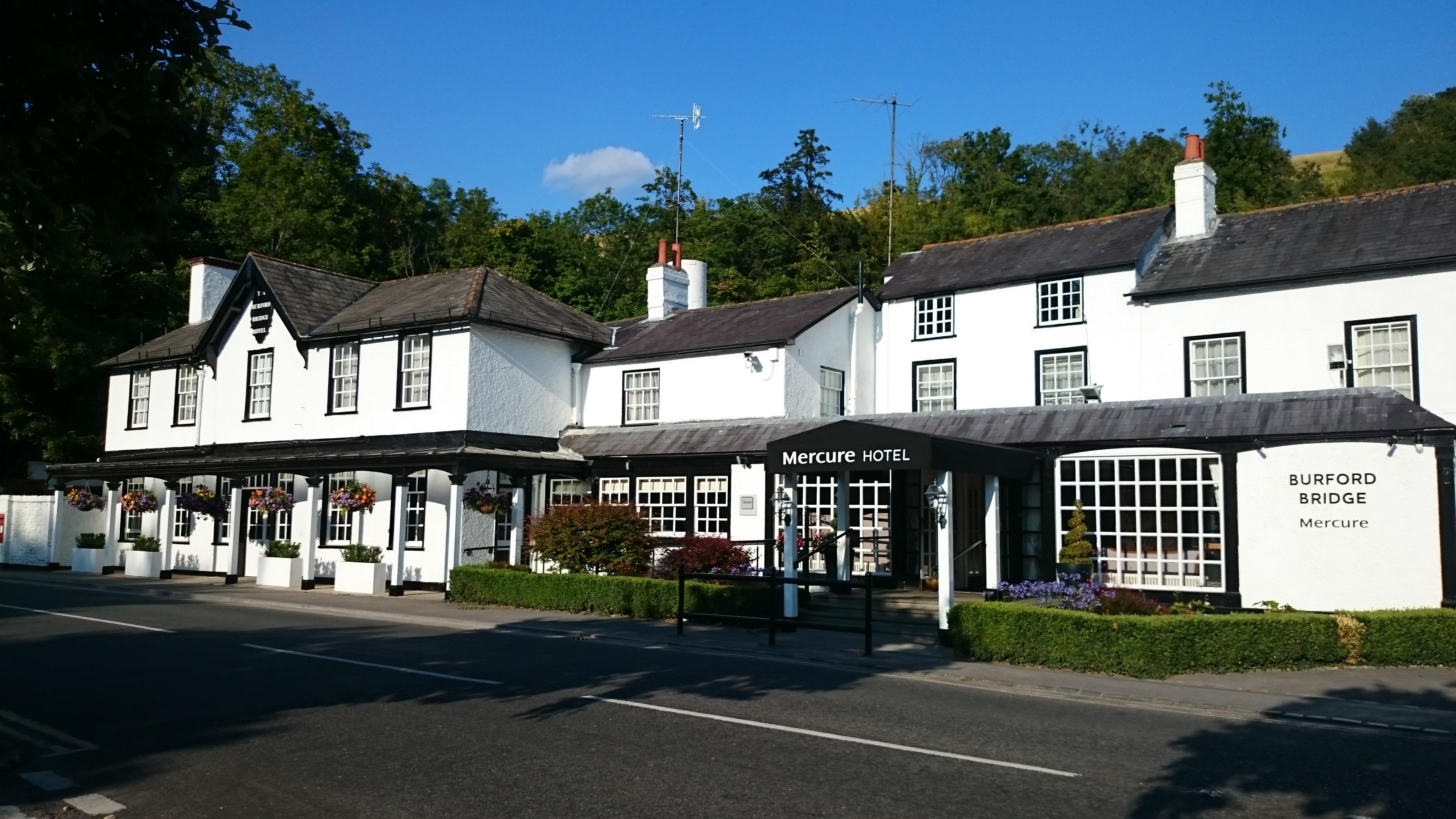 Burford Bridge Hotel Restaurant